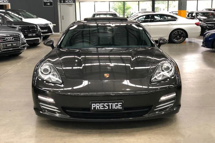 Porsche Panamera 4</br>4.8L Twin Turbo V8