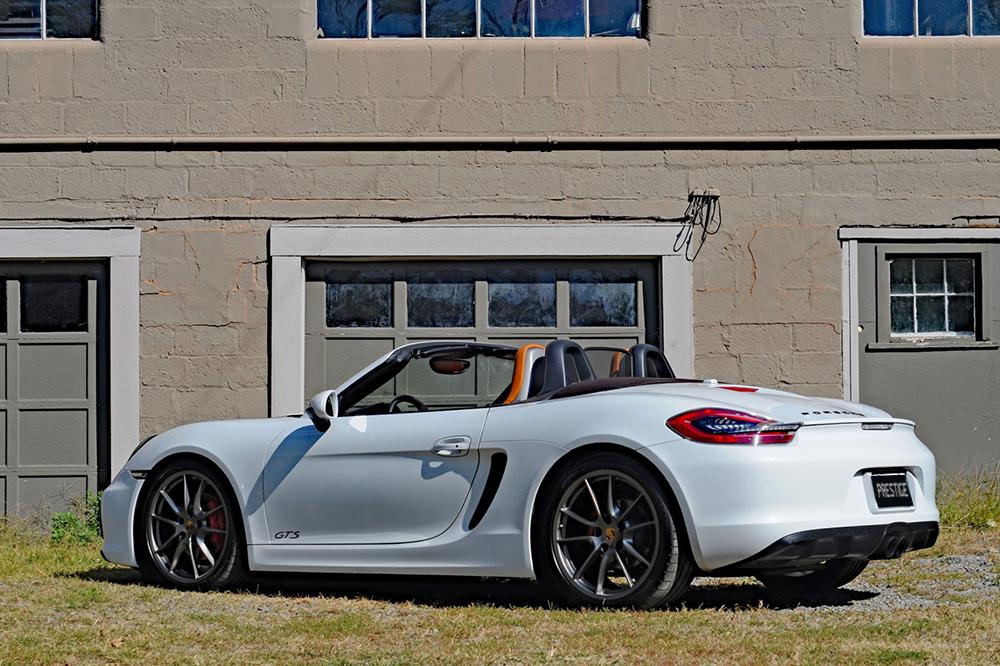 Porsche Boxter White